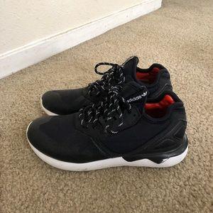 Adidas Tubular sneakers kid size 2.5